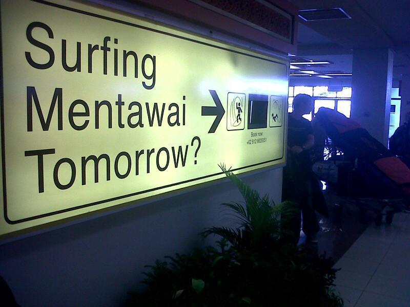Berselancar di Mentawai, kenapa tidak? Sisi lain jualan Sumatera Barat.