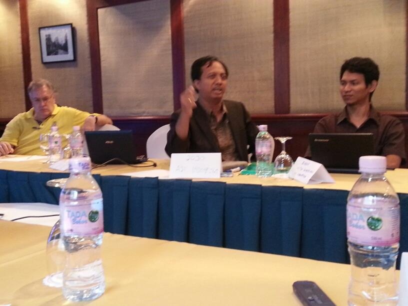Sharing kondisi jurnalis antar negara. Masalah Indonesia, masalah regional.