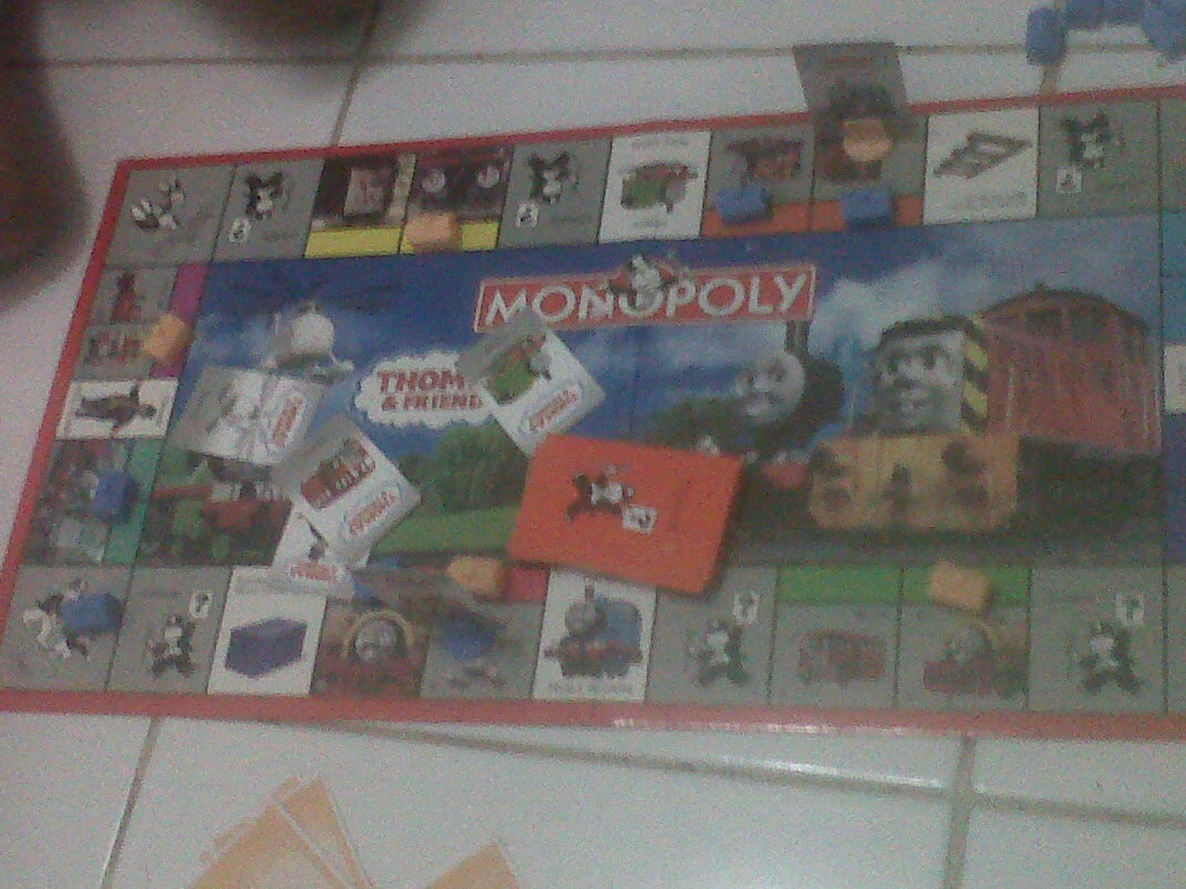 Monopoli Junior era kini. Rule of the gamesnya sama.